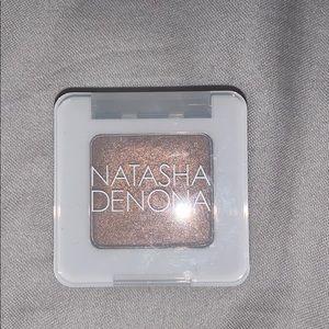 Natasha Denona single shadow